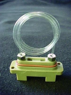 Abb. 1 Degaser mit dem neuen Teflon AF Material: nur 0,5 ml Schlauchvolumen sind für eine ausreichende Entgasung in der HPLC nötig.