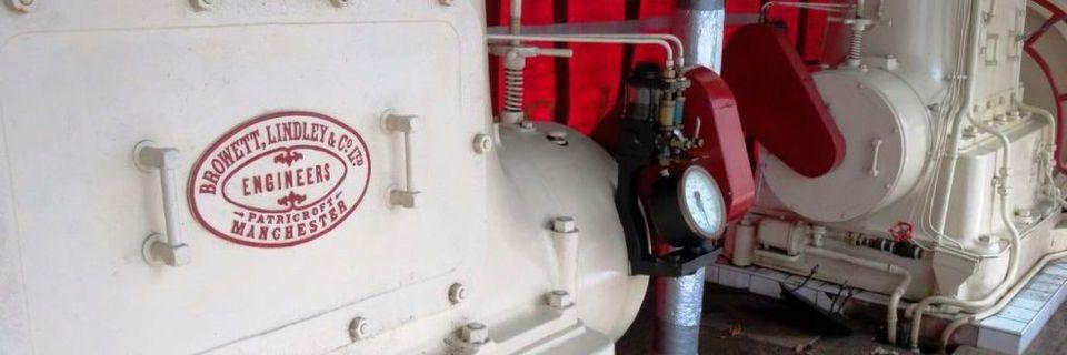 In Nottingham unterstützt Rheintacho das Papplewick-Pumpwerkmuseum bei der Sanierung einer Verbunddampflokomotive und saniert die Drehzahlmesser in historischer Optik.