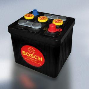 """Die optisch """"alten"""", aber technisch modernen Bosch-Batterien gibt es nun auch mit 12 Volt."""