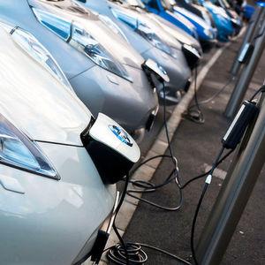 So wenig E-Autos fahren die Deutschen