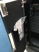 """Abbildung 1: """"Smart Bunker CX"""" gehört in Büro-Umgebungen; auf der CeBIT war die Ausführung für halbe Racks zu sehen."""