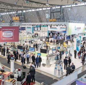 Knapp 1000 Aussteller aus 32 Nationen werden in diesem Jahr auf der Control in Stuttgart erwartet (im Bild: Control 2015).