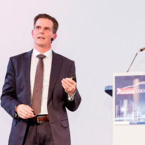 Dr. Andreas Rennet stellte seinen Leichtbaukasten-Ansatz vor.