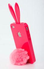 """So wird auch das Smartphone zum Hasen. Das """"Kostüm"""" gibt es von Rabito und kostet um die 20 Euro."""