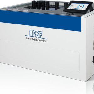 Beim neuen LPKF Contac S4 sorgt eine neue Gestaltung der Anodenplatten mit dem Reverse Pulse Plating für einen Kupferaufbau mit einer Schichttoleranz von ± 2 µm.