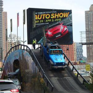 Auf der New York International Auto Show 2016 stehen Themen wie autonomes Fahren, neue Telematik-Systeme – und Elektrifizierung im Fokus der Automobilhersteller.