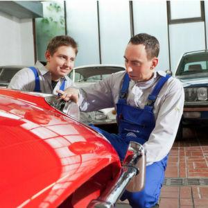Mercedes-Oldtimer live restaurieren