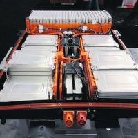 Alte Batterien werden zu Großspeichern für Strom