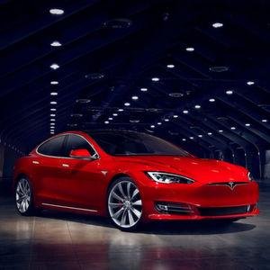 Tesla Model S wird etwas günstiger