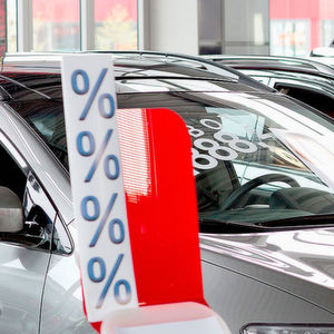 Kfz-Finanzierungen per Kredit nehmen zu