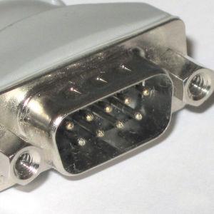 1952: Der D-Sub-Steckverbinder
