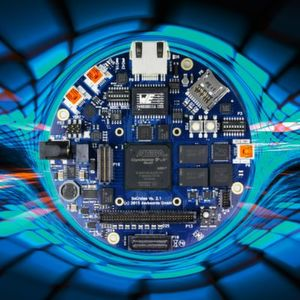 Handfeste Erfahrungen: In Vorträgen und Workshops können Teilnehmer zum Teil direkt auf entsprechender Hardware, ihre Kenntnisse über den aktuellen Stand der FPGA-Technologie vertiefen und austauschen.