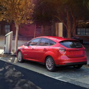 Ford plant Angriff auf Tesla und Chevrolet