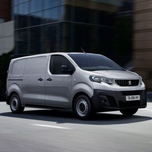 Peugeot Expert und Citroën Jumpy ab 22.990 Euro