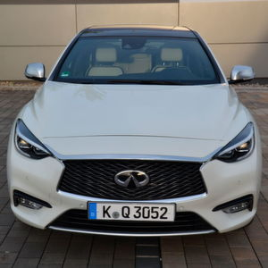 »kfz-betrieb« Auto-Check: Infiniti Q30
