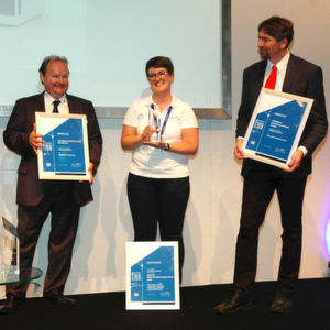 Knauer gewinnt den Application Award 2016 für Lebensmittelanalytik