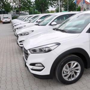 Deutscher Pkw-Markt gibt Gas – nur VW kommt nicht mit