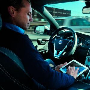 Deutsche rechnen mit autonomen Autos