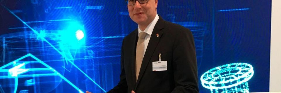 Siemens strebt Synthese zwischen Hard- und Softwareunternehmen an