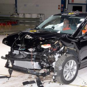 Ateca, Giulia und Tiguan überzeugen im NCAP-Test