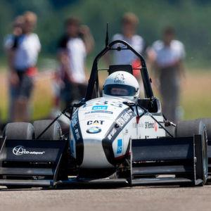 In 1,513 Sekunden auf 100: Weltrekord für E-Flitzer