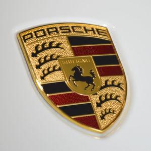 Porsche-Absatz legt im ersten Halbjahr zu