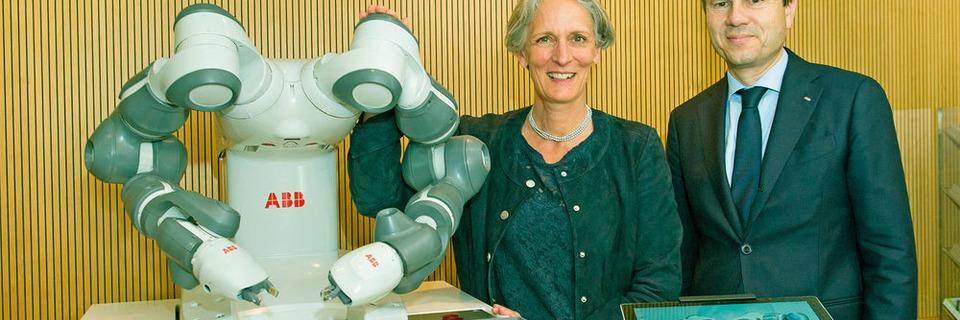 ABB offre le robot collaboratif YuMi à l'EPFL de Lausanne