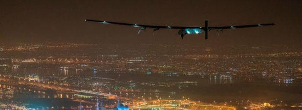 Erste Weltumrundung im Solarflugzeug vollendet