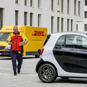 Online-Käufe wandern in den Smart-Kofferraum