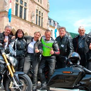 Motorradtour 2016: Michel aus Letzeburg, tanzende Hunsrück-Biker und eine Sozius-Premiere