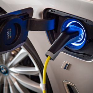 Gefahren: BMW 740e i-Performance
