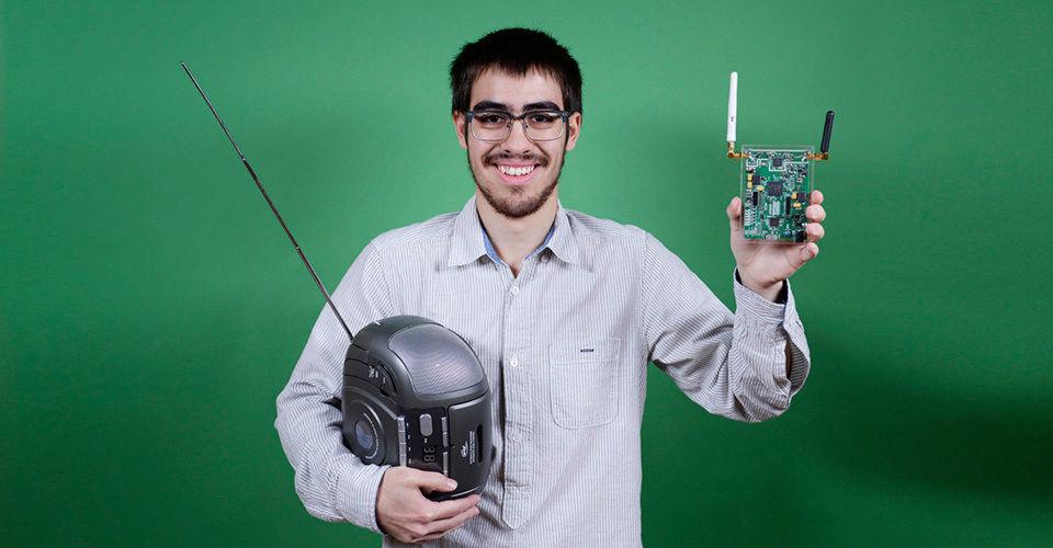Der erste Platz in der Kategorie Technik ging bei Jugend forscht 2016 an Lukas Lao Beyer und das von ihm entwickelte USB-Peripheriegerät für Software Defined Radio (SDR).
