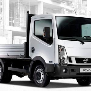 Nissan NT400 mit neuem Motor