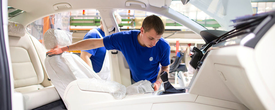Volkswagen einigt sich mit Car Trim und ES Guss