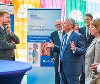 Gauck besucht Deutsches Zentrum für Neurodegenerative Erkrankungen