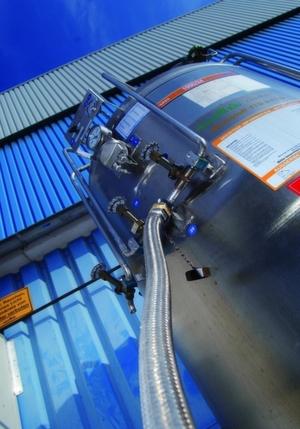 Hochdrucktanks stellen Industriegase für das Laserschneiden mit einem Druck von 37bar zur Verfügung. Bild: Air Products
