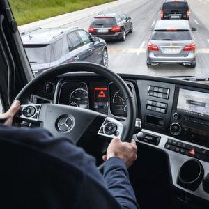 Nfz-Fahrerassistenzsysteme: Gefahrentransporter