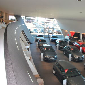 Motor-Nützel eröffnet neues Automobilzentrum