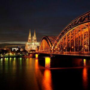 In Köln startet die Photokina in einem schwierigem Umfeld; der Markt verzeichnet Rückgänge bei Digitalkameras.