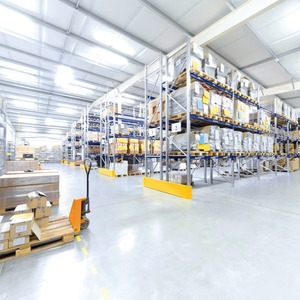 Beleuchtung: Energiesparen in Industriegebäuden