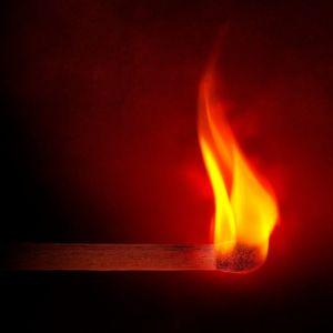 Auf Herz und Nieren geprüft: Brandsicherheit von Kabel und Leitungen