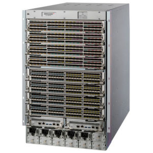 Brocade baut Visibilität in den RZ-Router SLX 9850 ein