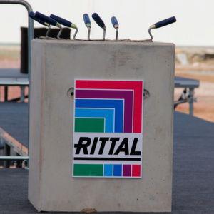 Kompaktgehäuse-Produktionswerk von Rittal auf Basis von Industrie-4.0-Strukturen