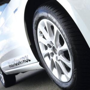 Neue Reifen: Ganzjahresfieber