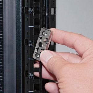 Plug & Play pro Höheneinheit für 19-Zoll-Schränke