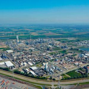 BASF-Avantium-JV Synvina produziert nachhaltige Plattform-Chemikalie