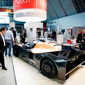 Erstmals findet in Düsseldorf das Lightweight-Technologies-Forum statt, in dem der Multimaterial-Leichtbau genauer unter die Lupe genommen wird.