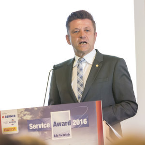 Service fordert Investition statt Subvention
