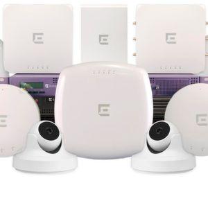 WLAN-Access-Point mit Überwachungskamera