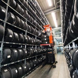 Reifen und Räder: Platzsparend lagern